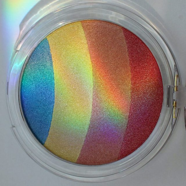 Essence Prismatic Rainbow  hellip